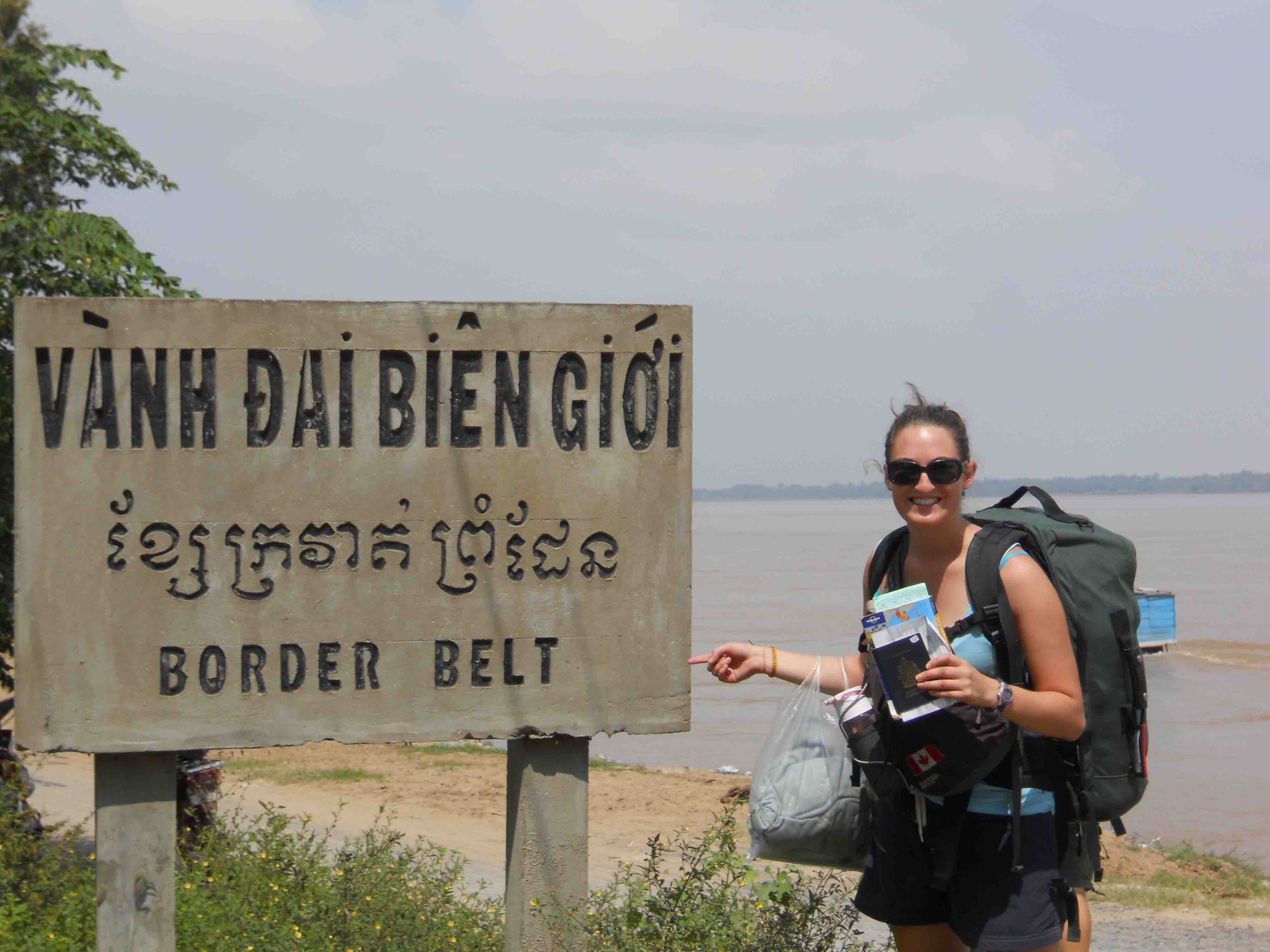 How to enter Vietnam from Cambodia