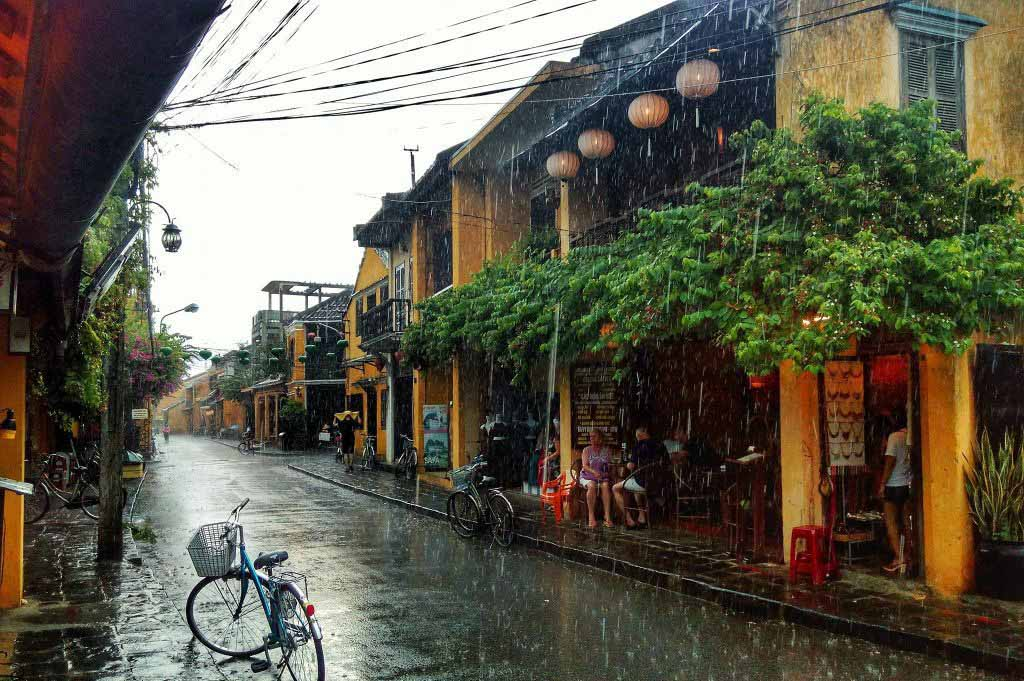 Vietnam travel tips about weather