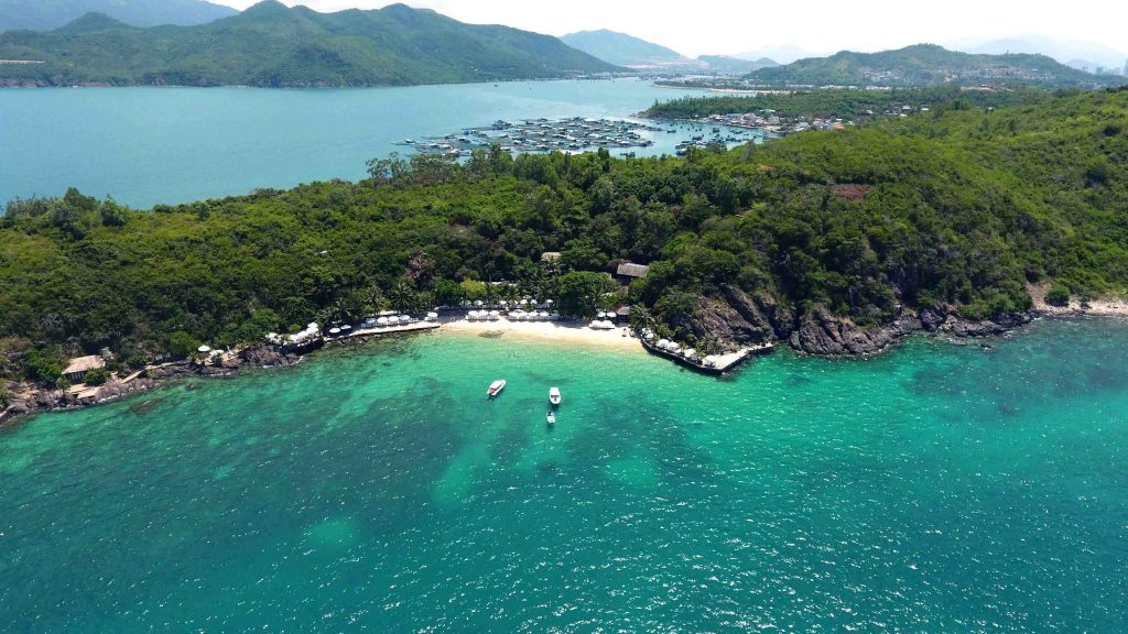 Hon Tre - the largest island in Nha Trang Bay