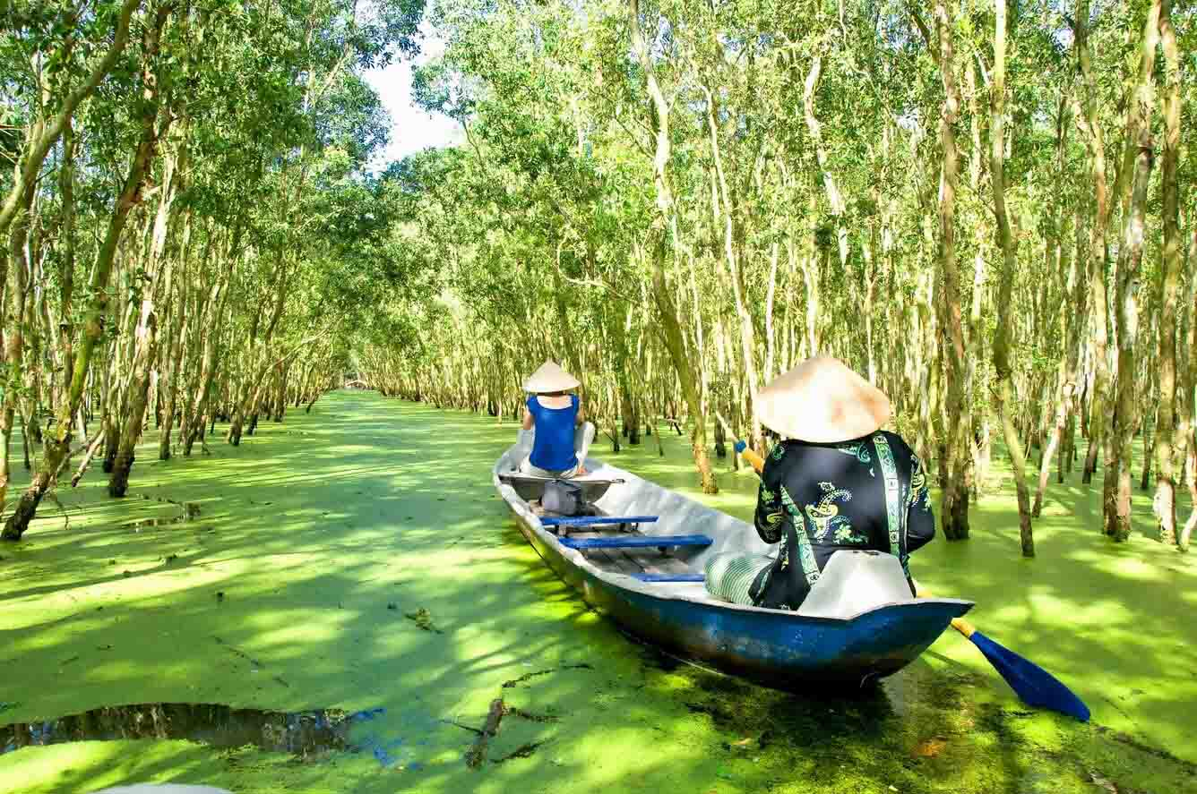 Joining a boat tour in An Giang in floating season is a must-try 1