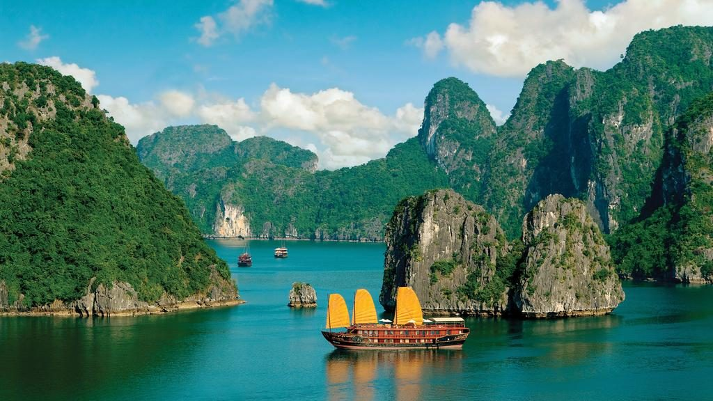 The best way to explore Ha Long Bay is to rent a yacht