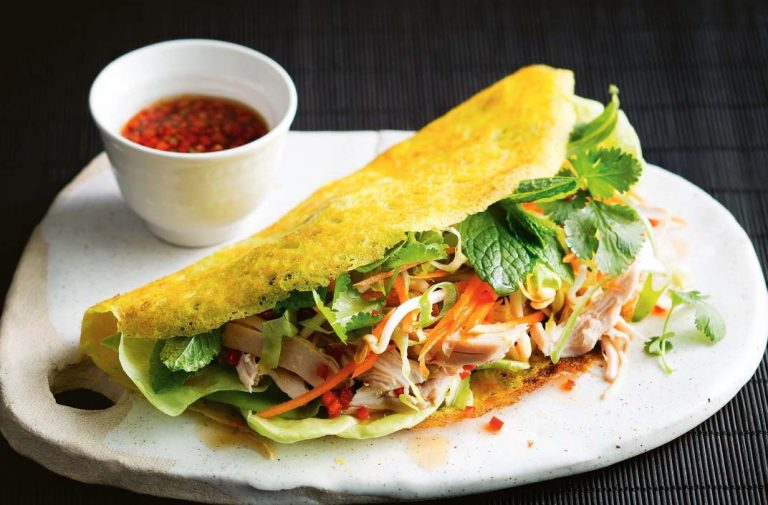 Top 4 must-try dishes in Vietnam
